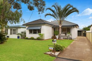 12 Paul Street, UMINA BEACH – Auction Bidding Guide – $580 000