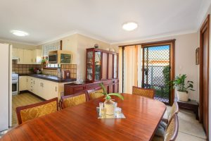 2/43 Flathead Road, ETTALONG BEACH – Price Guide $450 000 – $470 000