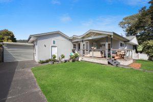 6 Grafton Avenue, WOY WOY – Price guide $710 000 – $750 000